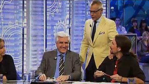 Jordi González con sus invitados, entre ellos, Pablo Iglesias