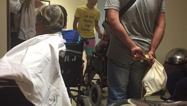 Imagen de archivo de una de las salas del hospital onubense