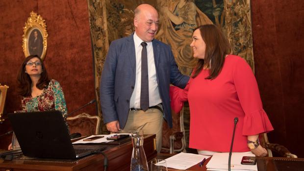 El presidente de la Diputación de Córdoba, Antonio Ruiz, durante un Pleno de la institución provincial