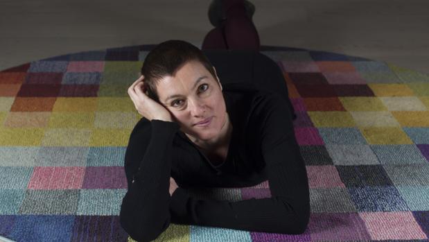 La ilustradora francesa Rébecca Dautremer, fotografiada durante su visita a Madrid
