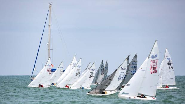 La competición se celebra en las aguas de la Bahía de Cádiz durante esta semana.