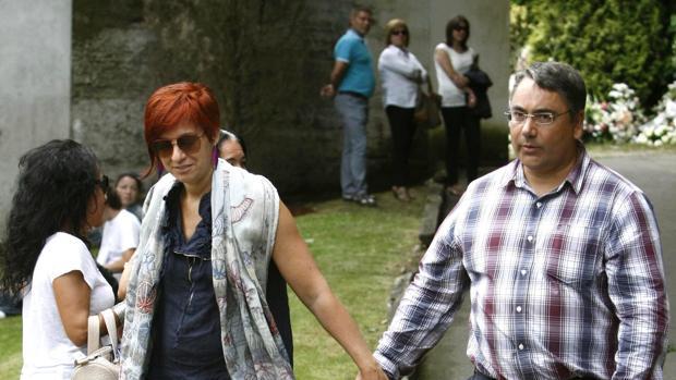 Sandra Ortega junto a su marido