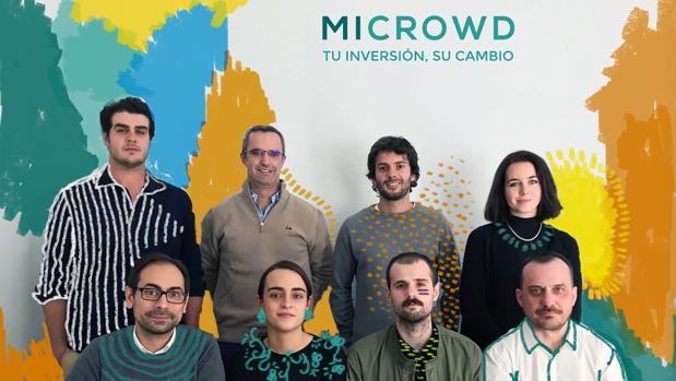 De izda a derecha: el fundador de Microwd Alejandro de León, Andrés Zancada, Álvaro Pérez Pla, Isabel Oriol (en la fila de arriba); Joao Alexandre, Cristina Oraá, Adrián Fernández y Miguel Seguido (fila de abajo).