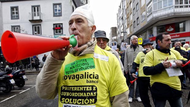 Imagen de archivo de protestas de afectados por preferentes y deuda subordinada