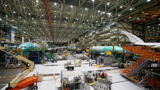 Airbus, rival europeo del fabricante, ha realizado 458 entregas hasta julio, 369 de ellas de aviones de pasillo único, mientras que en julio alcanzó las 69 entregas.