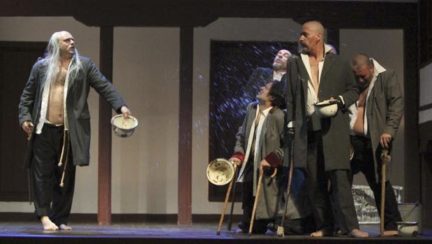 Representación de una obra teatral en el Corral de Comedias de Almagro