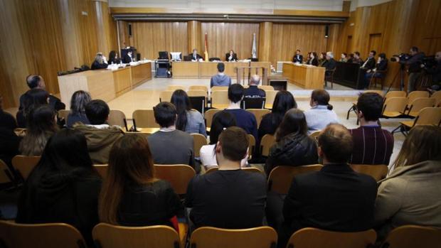 Imagen de la vista oral, ayer en la sección primera de la Audiencia Provincial de La Coruña.