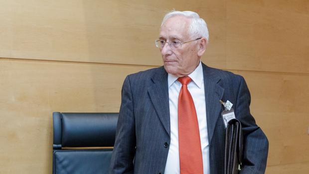 Atilano Soto, este pasado jueves en la comisión de investigación de las Cajas