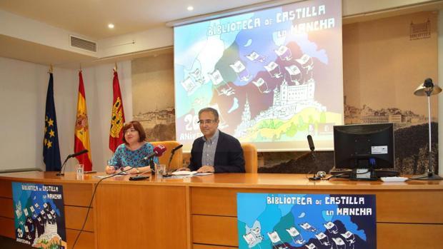 Carmen Morales y Jesús Carrascosa durante la presentación de los actos del XX aniversario