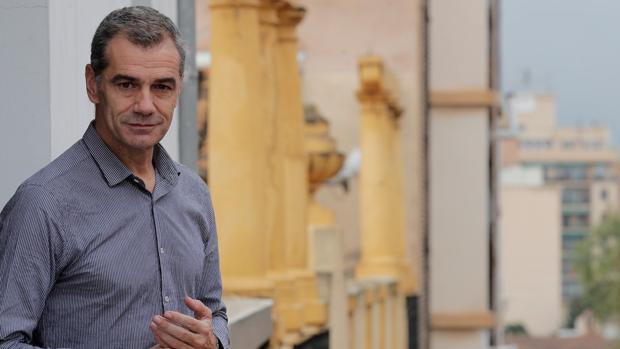 Toni Cantó, durante la entrevista en las Cortes Valencianas