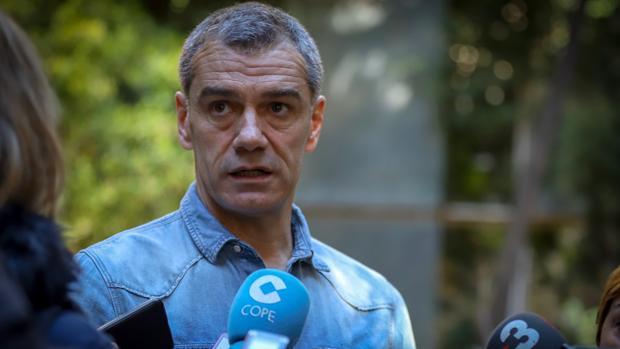 Toni Cantó, este miércoles en la comparecencia en las Cortes