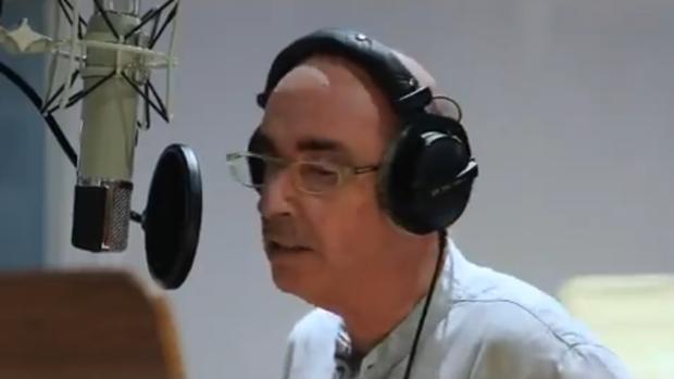 El cantante Lluís Llach, en un momento del vídeo de la ANC