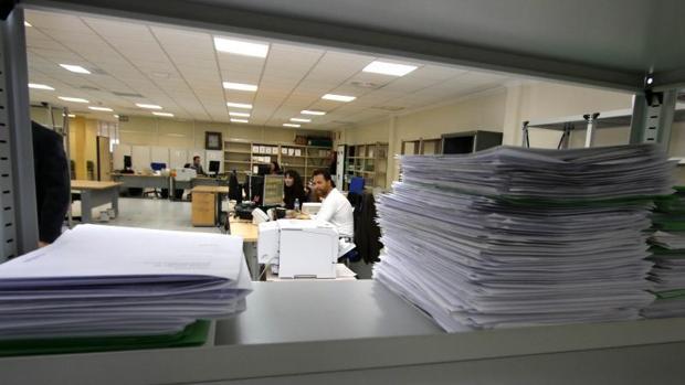 Expedientes en dependencias de la Administración en Alicante