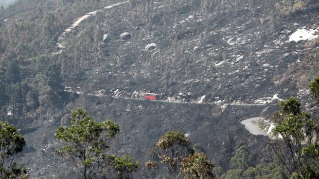 Incendio en la zona del Barbanza en una fotografía de archivo