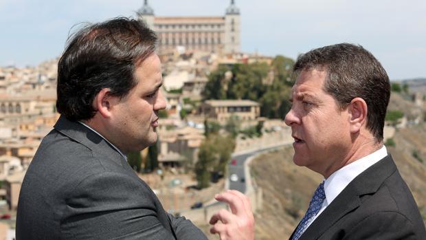 García-Page conversa con Paco Núñez
