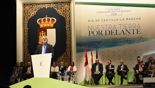 El humorista ciudadrealeño, Millán Salcedo, fue nombrado en 2018 Hijo Predilecto de Castilla-La Mancha en un acto que se celebró en Talavera de la Reina