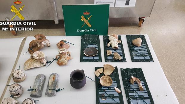 Imagen del material incautado tras la investigación de la Guardia Civil