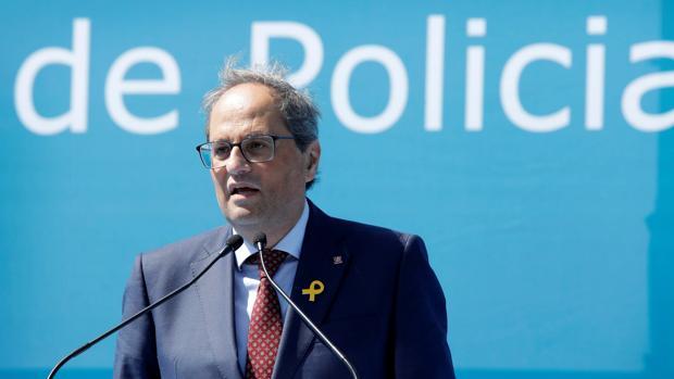 El presidente de la Generalitat, Quim Torra, hoy en la entrega de diplomas a los nuevos mossos
