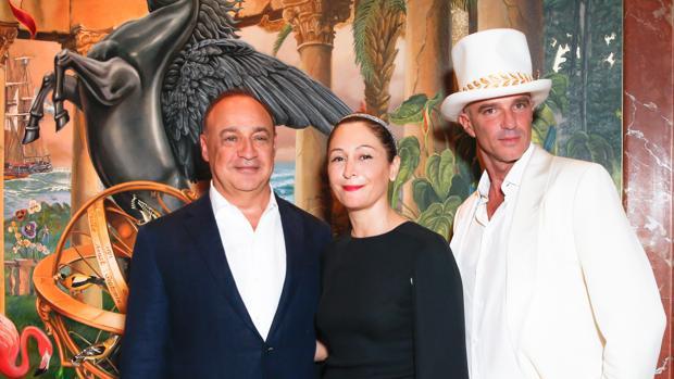 Len Blavatnik, una de las grandes fortunas del mundo, junto a Ximena Caminos y Alan Faena