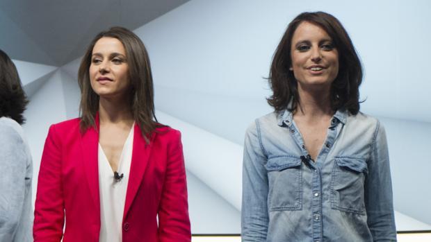 Inés Arrimadas (izquierda) y Andrea Levy (derecha) coincidieron en un debate electoral las pasadas elecciones