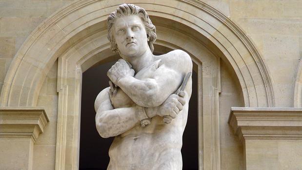 Estatua de Espartaco en el Museo del Louvre