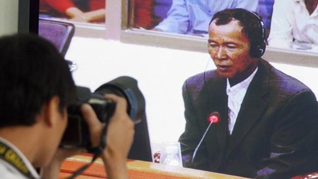 El juicio de un líder del Jemer Rojo, el régimen que provocó el exilio miles de camboyanos