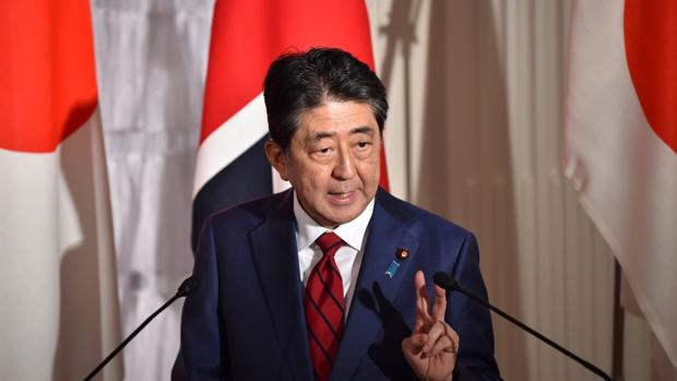 El primer ministro de Japón, Shinzo Abe, ha pedido más presión sobre Corea del Norte