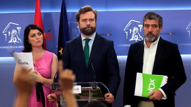 El portavoz de Vox en el Congreso y del comité negociador de estos pactos, Iván Espinosa de los Monteros,