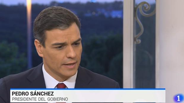 Pedro Sänchez, durante su entrevista con Sergio Martín y Ana Blanco en TVE