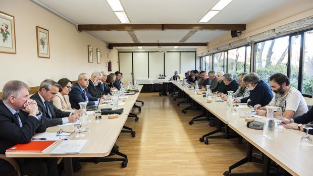 Imagen de la primera reunión del plan estratégico de Navantia entre empresa y sindicatos el pasado enero