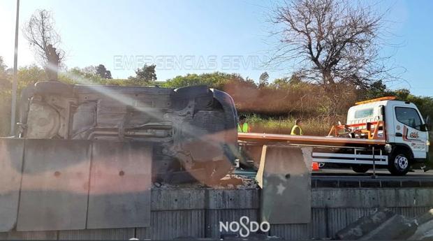 Imagen de uno de los vehículos tras la colisión