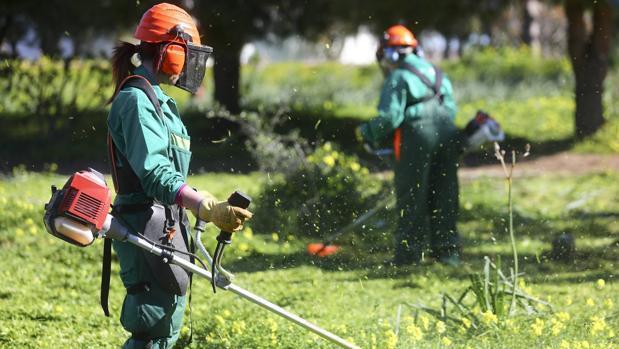 Taller de empleo para civiles en el acuartelamiento de Camposoto.