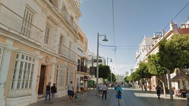 Imagen de la calle Real de San Fernando donde apareció el cadáver
