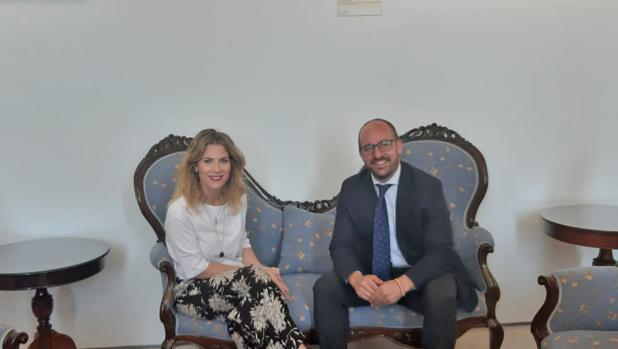 Ana Mestre junto Germán Beardo