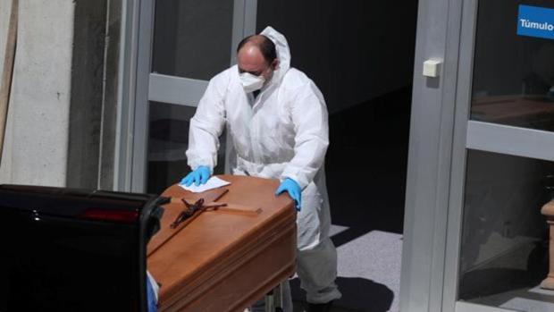 Sevilla suma ya más muertes por Covid en noviembre que en toda la primera ola