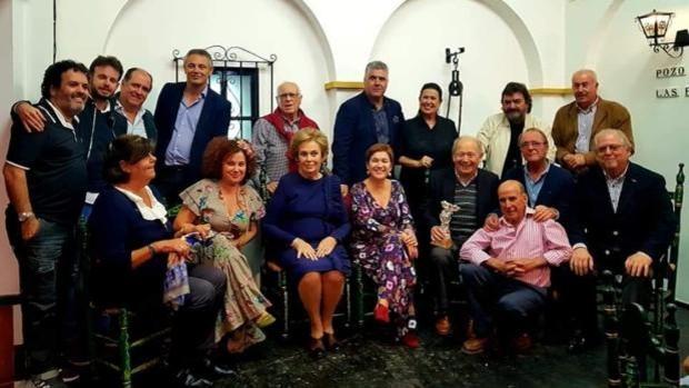 La Tertulia Flamenca El Pozo de las Penas será galardonada este viernes en Sevilla con la Bandera de Andalucía