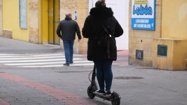 Campaña de control de bicicletas y peatones en Cádiz