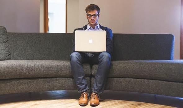 Pasar muchas horas diarias sentado es malo para la salud