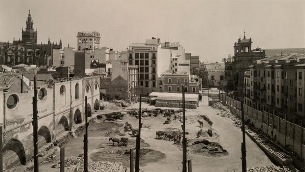Obras en la antigua Aduana, hoy delegación de Hacienda de Sevilla