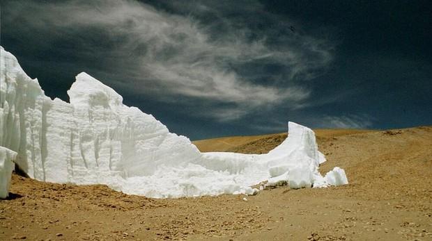 Imagen de un glaciar en el Kilimanjaro